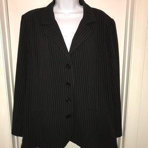 Suit top/pinstripe blazer